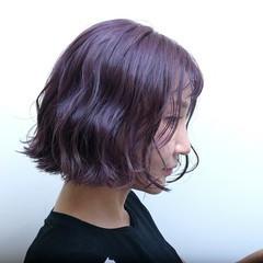ストリート ボブ パープル ラベンダーアッシュ ヘアスタイルや髪型の写真・画像