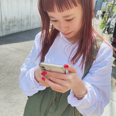 ピンクベージュ オン眉 ピンク ピンクカラー ヘアスタイルや髪型の写真・画像
