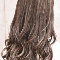 外国人風カラー ハイライト セミロング ガーリー ヘアスタイルや髪型の写真・画像