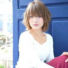 外国人風 グレージュ ストリート ブルージュ ヘアスタイルや髪型の写真・画像