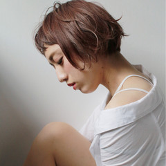 色気 パーマ ショートバング 外国人風 ヘアスタイルや髪型の写真・画像