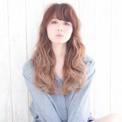 丸顔 おフェロ ロング モテ髪 ヘアスタイルや髪型の写真・画像