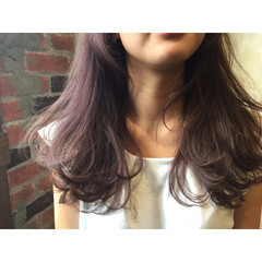 ロング 暗髪 ピンク ストリート ヘアスタイルや髪型の写真・画像