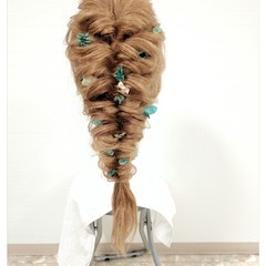 くるりんぱ 編み込み 大人かわいい 外国人風 ヘアスタイルや髪型の写真・画像