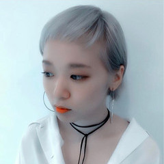 ダブルカラー ベリーショート 外国人風カラー ブルー ヘアスタイルや髪型の写真・画像