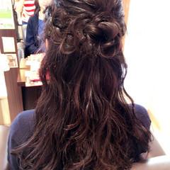 冬 セミロング ガーリー デート ヘアスタイルや髪型の写真・画像