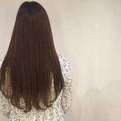 艶髪 イルミナカラー 暗髪 グレージュ ヘアスタイルや髪型の写真・画像