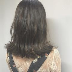 外ハネ ウェーブ 秋 ナチュラル ヘアスタイルや髪型の写真・画像