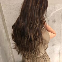 大人ハイライト ベージュ ナチュラルベージュ ハイライト ヘアスタイルや髪型の写真・画像