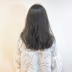 ゆるウェーブ セミロング ゆるふわセット スタイリング ヘアスタイルや髪型の写真・画像