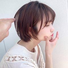 ショートヘア マッシュショート グレージュ ショートカット ヘアスタイルや髪型の写真・画像
