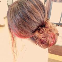 レッド 簡単ヘアアレンジ ゆるふわ ショート ヘアスタイルや髪型の写真・画像