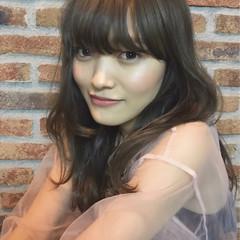 ガーリー アンニュイ アッシュベージュ 色気 ヘアスタイルや髪型の写真・画像