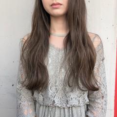 ロング 暗髪 ヘアアレンジ くすみカラー ヘアスタイルや髪型の写真・画像