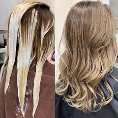 ロング ガーリー 外国人風 バレイヤージュ ヘアスタイルや髪型の写真・画像