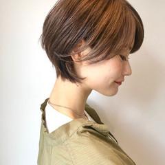 ナチュラル ハンサムショート ショートヘア 小顔ショート ヘアスタイルや髪型の写真・画像
