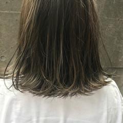 ボブ 外ハネ 透明感 ハイライト ヘアスタイルや髪型の写真・画像