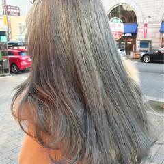 グレージュ ガーリー 外国人風カラー アッシュ ヘアスタイルや髪型の写真・画像
