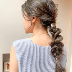 フェミニン ヘアアレンジ 地毛ハイライト 大人ハイライト ヘアスタイルや髪型の写真・画像