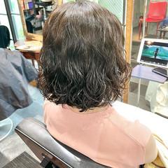 ボブ ゆるふわパーマ くせ毛風 デジタルパーマ ヘアスタイルや髪型の写真・画像