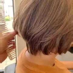 白髪染め デザインカラー ショート ハイライト ヘアスタイルや髪型の写真・画像