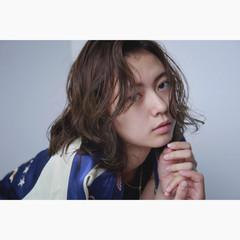 外国人風 ミディアム 前髪あり ストリート ヘアスタイルや髪型の写真・画像