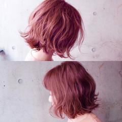 ストリート ボブ 色気 ベリーピンク ヘアスタイルや髪型の写真・画像