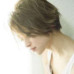 小顔 大人女子 ニュアンス ハイライト ヘアスタイルや髪型の写真・画像