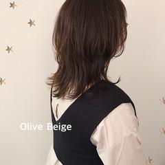ミディアム ウルフレイヤー ウルフカット ニュアンスウルフ ヘアスタイルや髪型の写真・画像