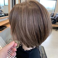 ショートボブ 白髪染め ナチュラル ショート ヘアスタイルや髪型の写真・画像
