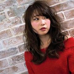 フェミニン ナチュラル 大人かわいい アッシュ ヘアスタイルや髪型の写真・画像