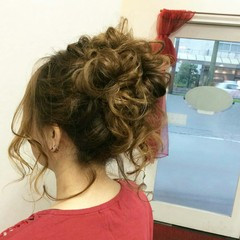 ヘアアレンジ ナチュラル 結婚式 編み込み ヘアスタイルや髪型の写真・画像