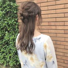 結婚式 ヘアアレンジ 女子会 ナチュラル ヘアスタイルや髪型の写真・画像