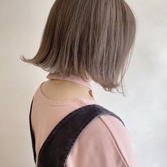 ミルクティーベージュ ベージュ ブラウンベージュ ナチュラル ヘアスタイルや髪型の写真・画像