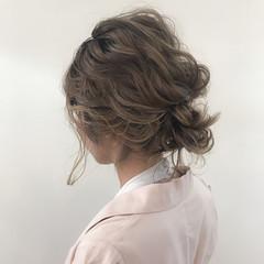 結婚式 大人かわいい ナチュラル ゆるふわ ヘアスタイルや髪型の写真・画像