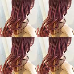 ロング アウトドア ヘアアレンジ ナチュラル ヘアスタイルや髪型の写真・画像