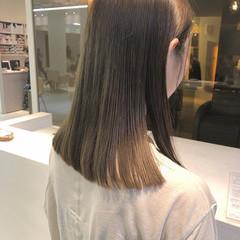 マットグレージュ ナチュラル ブリーチなし ミディアム ヘアスタイルや髪型の写真・画像