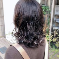 ナチュラル デジタルパーマ セミロング ヘアスタイルや髪型の写真・画像