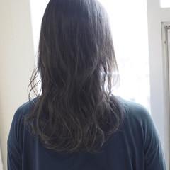 ナチュラル セミロング ヘアアレンジ アウトドア ヘアスタイルや髪型の写真・画像