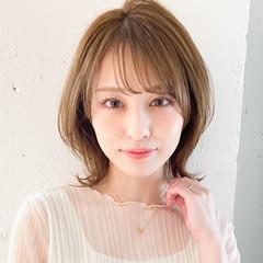 ミディアム 大人かわいい ナチュラル 透明感カラー ヘアスタイルや髪型の写真・画像