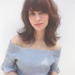 ガーリー パーマ ゆるふわ ミディアム ヘアスタイルや髪型の写真・画像