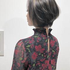 切りっぱなし ハイライト 秋 コンサバ ヘアスタイルや髪型の写真・画像