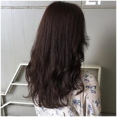 セミロング ピンクベージュ 大人かわいい ナチュラル ヘアスタイルや髪型の写真・画像