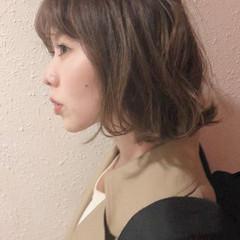 ハイライト 外ハネボブ ナチュラル ショートヘア ヘアスタイルや髪型の写真・画像