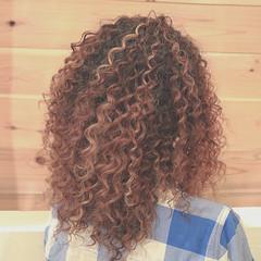 ハイライト 大人かわいい スパイラルパーマ 外国人風 ヘアスタイルや髪型の写真・画像