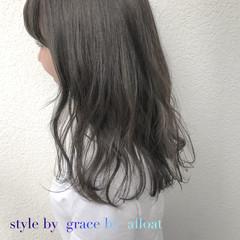 フェミニン グレージュ アッシュ 外国人風カラー ヘアスタイルや髪型の写真・画像