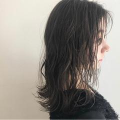 アッシュグレージュ ベージュ ラベンダーグレージュ ミディアム ヘアスタイルや髪型の写真・画像