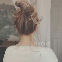 ロング ヘアアレンジ ルーズ お団子 ヘアスタイルや髪型の写真・画像