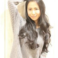 パーマ ロング 秋 大人女子 ヘアスタイルや髪型の写真・画像