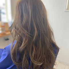 バレイヤージュ 圧倒的透明感 エレガント ロング ヘアスタイルや髪型の写真・画像